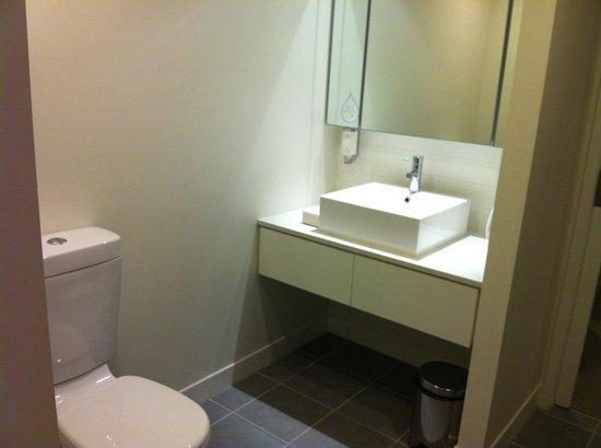 Citadines on Bourke Melbourne: One Bedroom Deluxe Bathroom, Feb 2013