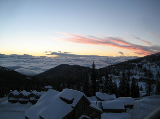 Schweitzer Mountain Resort Lodging: I woke up to this almost every morning