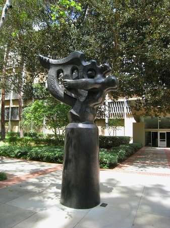 Franklin D. Murphy Sculpture Garden : Jacques Lipchitz - The Song of the Vowels