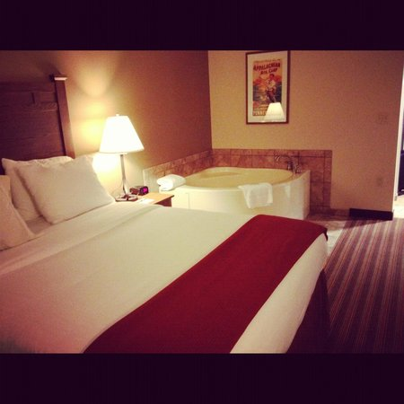 Holiday Inn Express & Suites Donegal : awesome