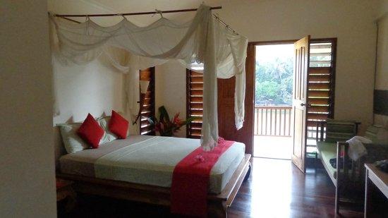 Tropicana Lagoon Apartments Resort: 1st floor apartment #12