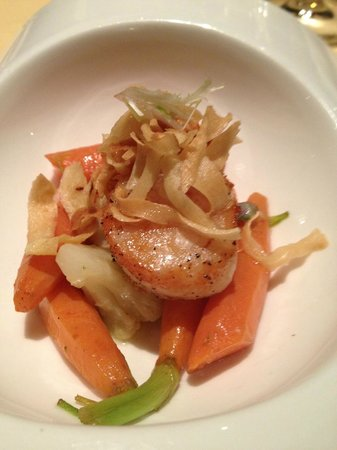 The Ritz-Carlton, St. Louis: Seared Scallop