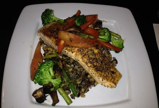 Chef's Hat Cafe : Norwegian Herb-Crusted Salmon