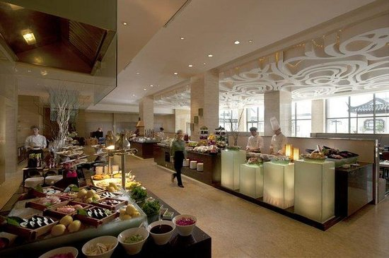 Lobby lounge doubletree by hilton wuxi picture of for Idea garden hotel wuxi