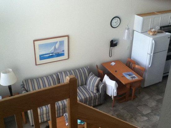 Surf Club Resort: Living room.