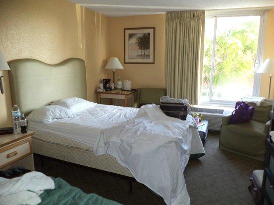 Ramada Plaza Fort Lauderdale : habitacion