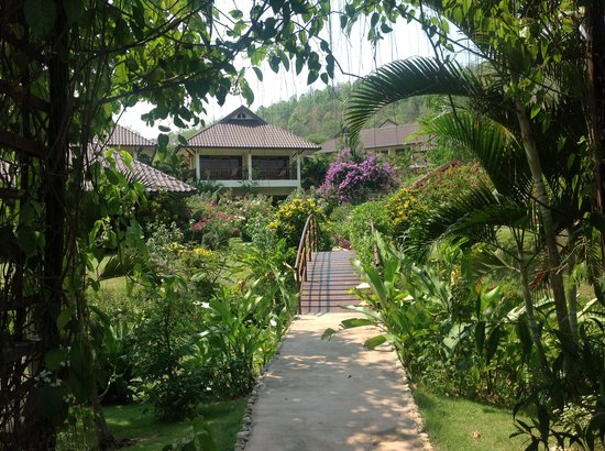 Maekok River Village Resort: A view of one of the accommodation