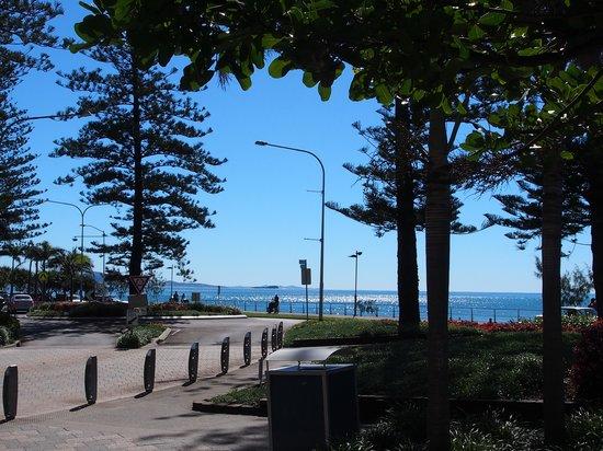 Raffles Mooloolaba: Esplanade