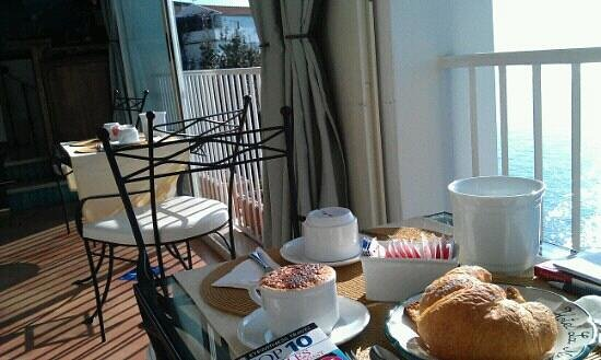 Hotel La Ninfa: Yummy croissant and loved the cappuccino!