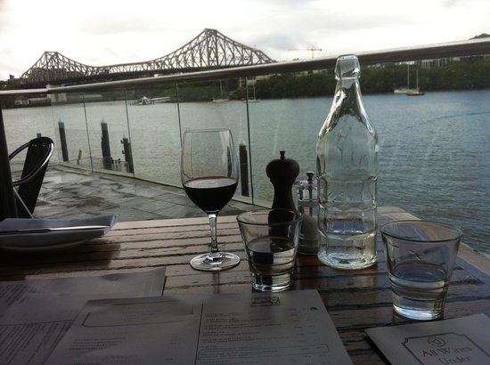 Kingsleys Steak & Crabhouse : The view from our table