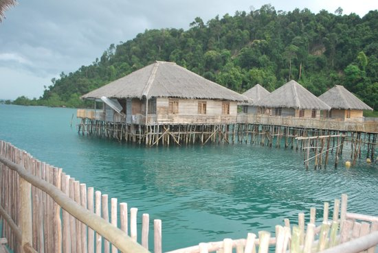 Telunas Resorts - Telunas Beach Resort : Water chalets