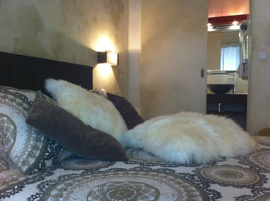 Hotel Eve : Suite avec petit salon