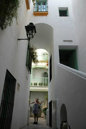 Las Casas de la Juderia: On the way to your room