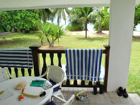 Chalets d'Anse Forbans: vue de la terrasse