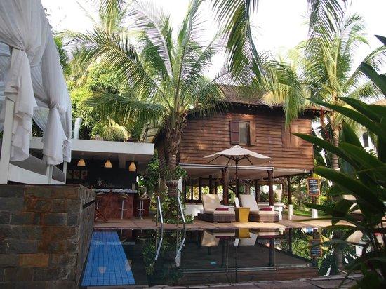 Suorkear Villa: Fooden house view
