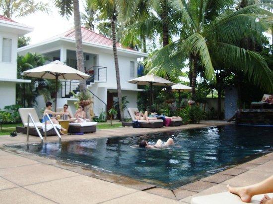 Suorkear Villa Resort: Swimming pool