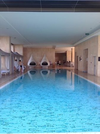 Oriental Residence Bangkok: their nice pool!
