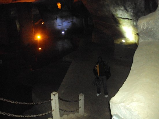 Huashan Mysterious Grottoes: beautiful view