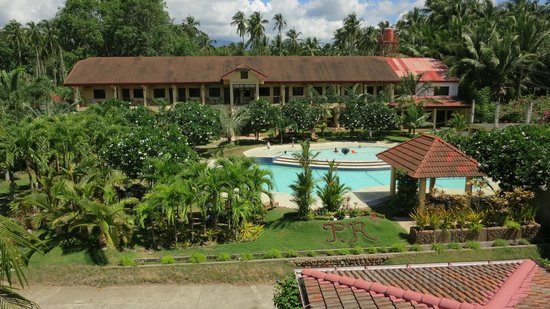 Private Residence Vip Resort: Swimming pool and the annex building