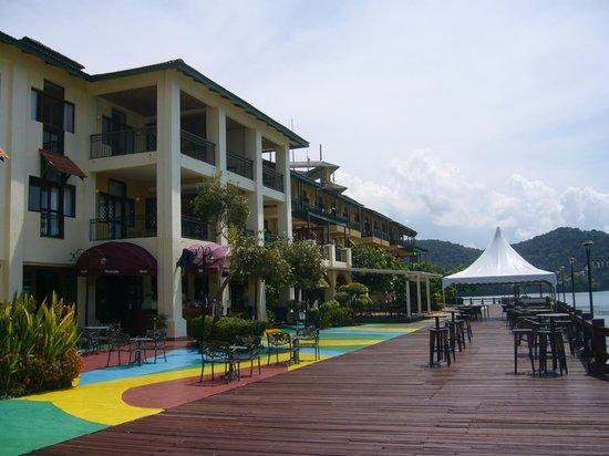 Resorts World Langkawi: ホテル海側デッキから