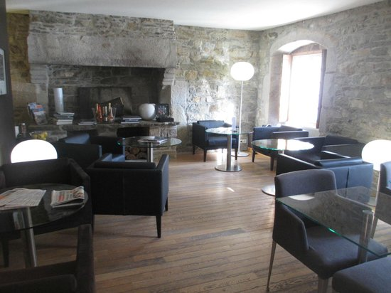 Hôtel Le Temps de Vivre: salle du petit déjeuner