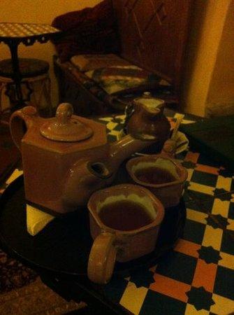 Dobra Cajovna : Tea For Two