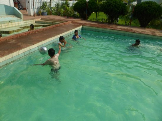 Hotel Rose Valley: Swimming Pool