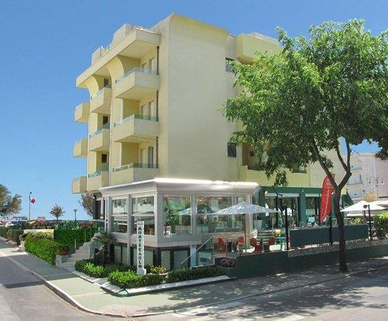 Hotel Montecarlo Bewertungen Fotos Preisvergleich Riccione