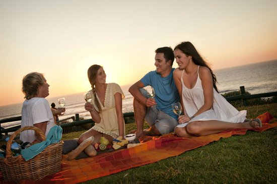 Beachside Prevelly Villas: Sunset picnic Surfers Point Margaret River