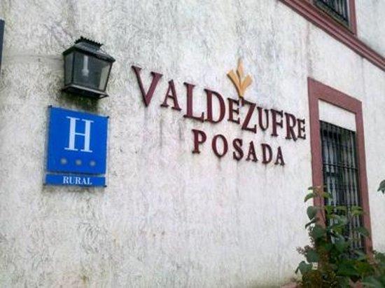 Hotel Posada de Valdezufre: Rótulo de la Posada