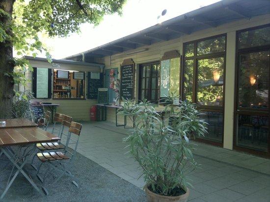 gasthaus biergarten am rothelheim erlangen restaurant bewertungen telefonnummer fotos. Black Bedroom Furniture Sets. Home Design Ideas