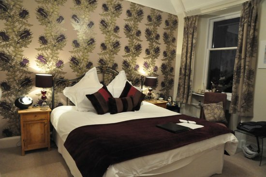 Trafford Bank Guest House: Camera Thistle