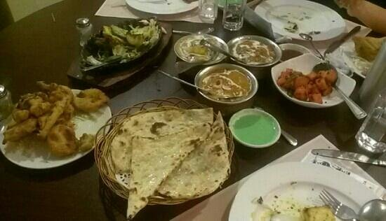 Taste of India Bar and Restarurent: Mmmm