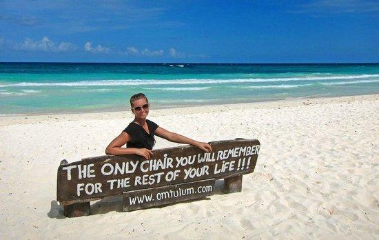 Om Tulum Hotel Cabanas and Beach Club: The beach chair