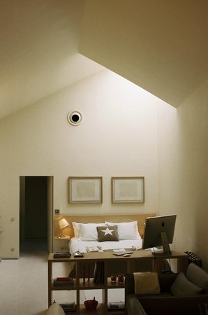 THE 4ROOMS: Skyloft room
