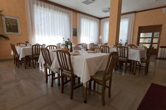 Hotel Alpi: Sala da pranzo