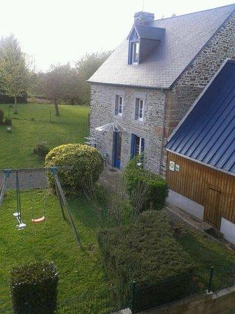 Saint-Aubin-de-Terregatte, Frankrijk: Extérieur de la ferme de Patrais