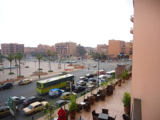Red Hotel Marrakech: Vision depuis le balcon de la chambre