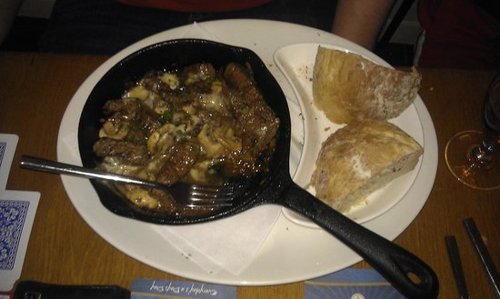 Top food at Teign Cellars, this is the steak and stilton skillet! YUMMYYYY!