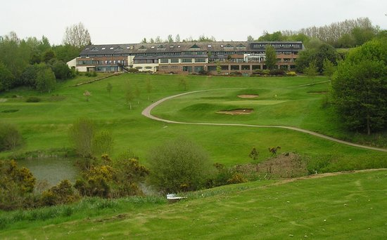 Hellidon Lakes Golf & Spa Hotel: veiw from the 18th
