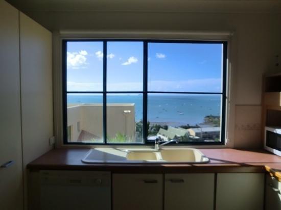 Mediterranean Resorts: kitchen view