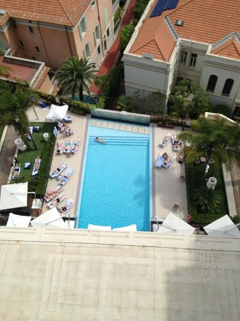 Novotel Monte Carlo : Vue sur la psicine de l'hôtel
