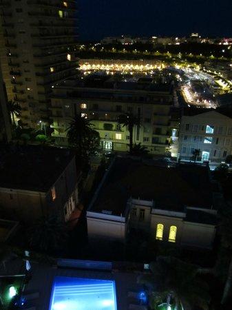 Novotel Monte Carlo : Autre vue de nuit