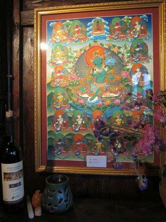 Tara's Gallery Cafe and Bar : Tibetan art fills the interior