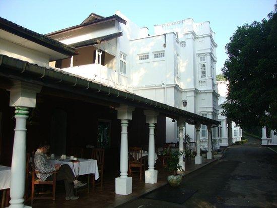 The Mansion: colazione