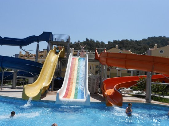 Green Nature Resort & Spa: slides
