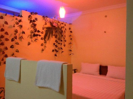 Battambang My Homestay: Romantic Bed Room
