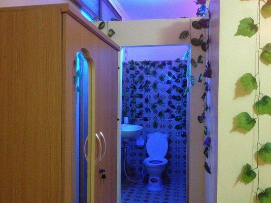 Battambang My Homestay: Bathroom