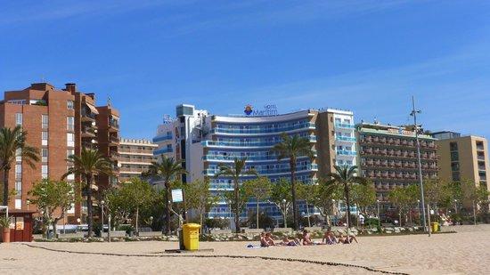 GHT Hotel Maritim : vue d'ensemble de l'hotel depuis la plage