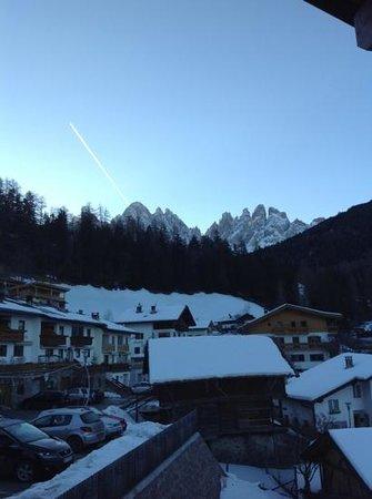 Edelweiss Hotel Ristorante: vista Odle/Geisler